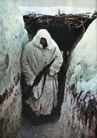 le-sergent-dans-la-neige-3